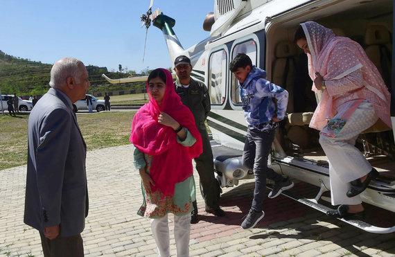 "AFP/""Scanpix"" nuotr./Malalos Yousafzai vizitas į gimtinę"