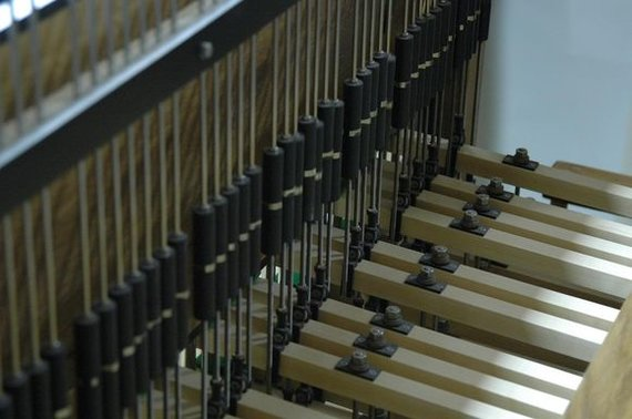Koncertų salės nuotr./Kariliono klaviatūra