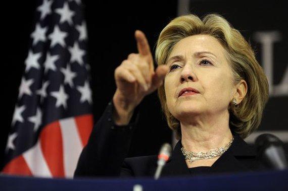 """""""Scanpix"""" nuotr./Hillary Clinton rimtai susirūpino su klaipėdiečiu susijusio verslo operacijomis"""