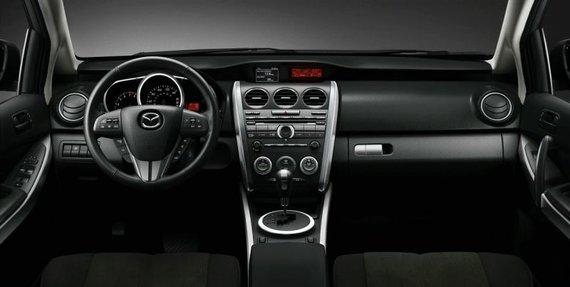 """Gamintojų nuotr./""""Mazda CX-7""""  automatine pavarų dėže"""