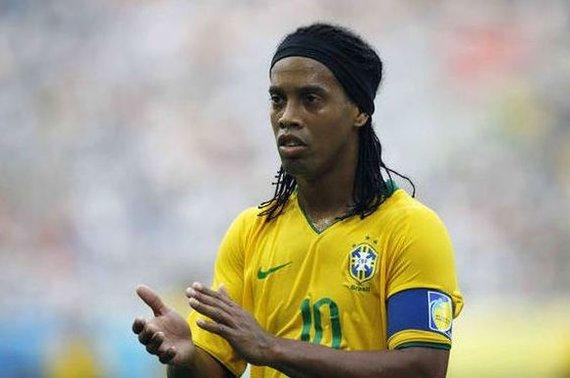 """AFP/""""Scanpix"""" nuotr./Brazilijos rinktinės futolininkas Ronaldinho"""