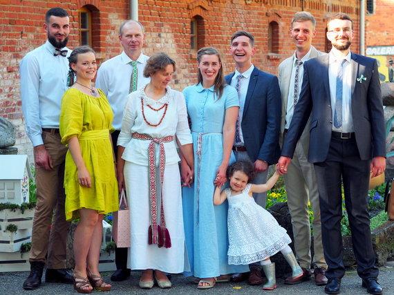 Asmeninio archyvo nuotr. /Linas Braukyla su šeima