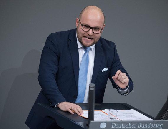 """AFP/""""Scanpix"""" nuotr./Partijos """"Alternatyva Vokietijai"""" atstovas Markusas Frohnmaieris"""
