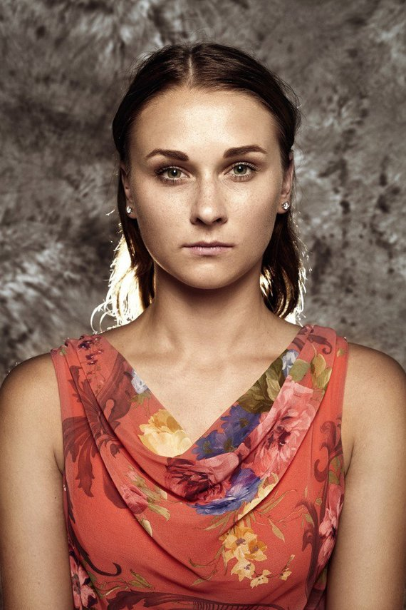 """Neringos Rekašiūtės nuotr./Viktorija, 18m., """"Jau mokykloje svajojau būti būti pasieniete arba policininke. Noriu ugdyti pilietiškumą, padėti žmonėms. Noriu saugoti Lietuvą ir parodyti, kad tai geba daryti ne tik vyrai""""."""