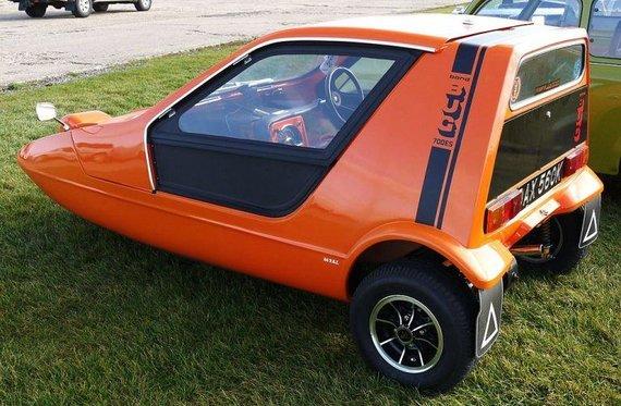 700ES buvo sportiškesnė Bond Bug modifikacija. Tačiau daugelis žmonių automobilį mėgo dėl jo išvaizdos. (Mick, Wikimedia(CC BY 2.0)