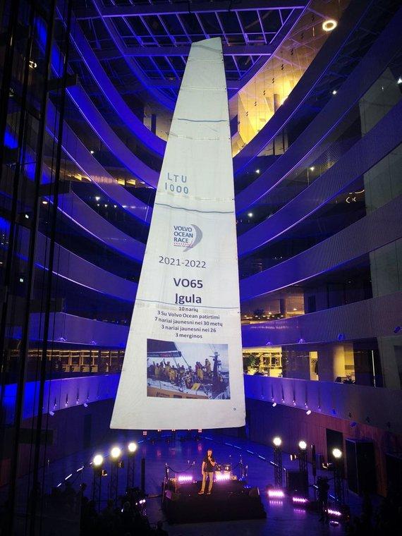 """Žilvino Pekarsko / 15min nuotr./Buriuotojas Rokas Milevičius pristatė """"Ambersail II"""" galimybes startuoti """"Volvo Ocean Race"""""""