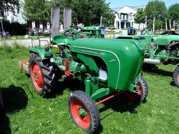 Kavos plantacijų traktorius buvo sukurtas ant tokio Allgaier-Porsche platformos (Späth Chr, Wikimedia).