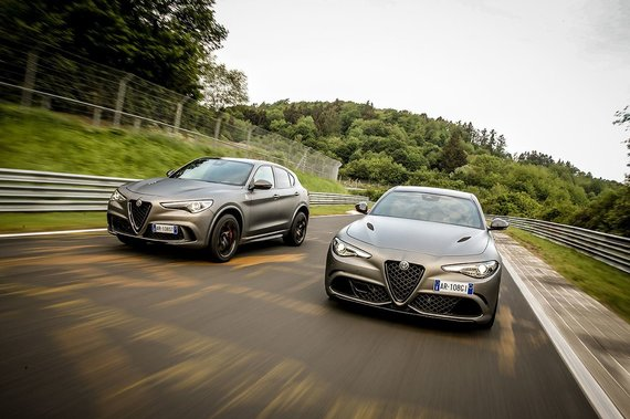 Gamintojo nuotr./Alfa Romeo Stelvio Quadrifoglio NRING ir Alfa Romeo Giulia Quadrifoglio NRING