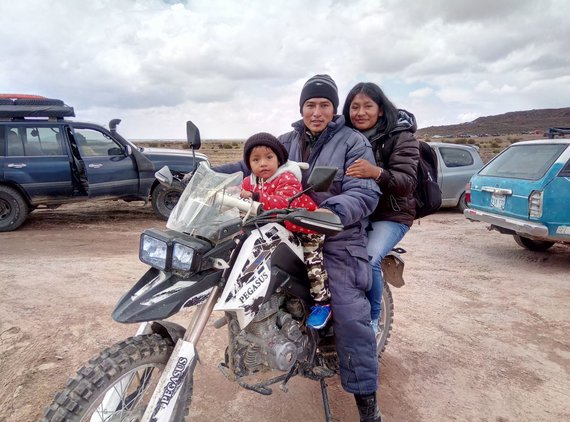 Žilvino Pekarsko / 15min nuotr./Dakaro gerbėjų šeima iš Bolivijos