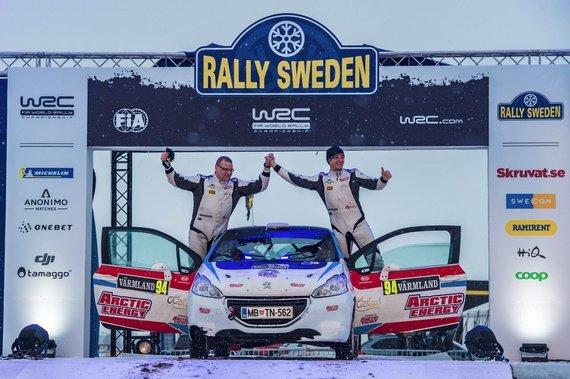 """Komandos nuotr./""""Arctic Energy World rally team"""" komandos lenktynininkai Deividas Jocius ir Donatas Zvicevičius Švedijos WRC"""