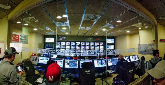 """J.Marcinkevičiaus ir S.Masono nuotr./""""Formulės 1"""" testai Barselonoje, """"Circuit de Barcelona-Catalunya"""""""