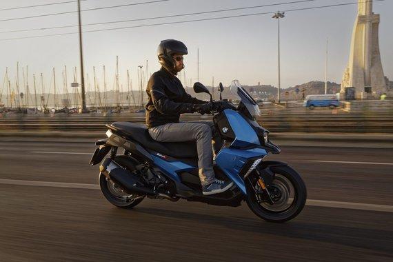BMW Motorrad nuotr./BMW C 400 X