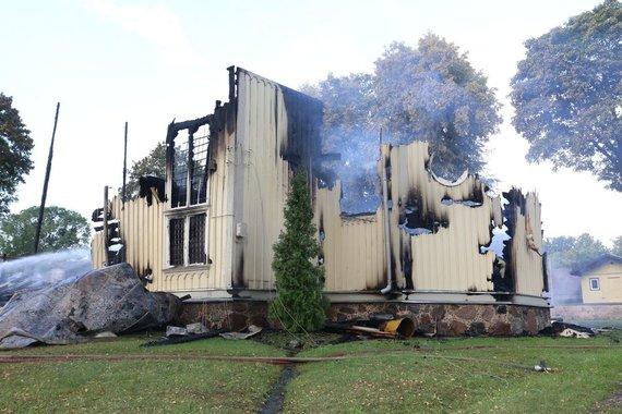 Aliaus Koroliovo/15min.lt nuotr./Balbieriškio bažnyčios gaisras