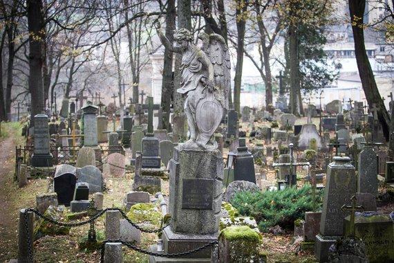 Irmanto Gelūno / 15min nuotr./Vilniaus Bernardinų kapinės prieš Vėlines