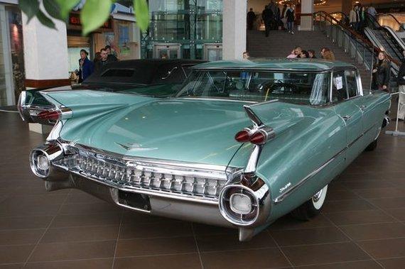 Irmanto Gelūno/15min.lt nuotr./S.Brundzos senųjų automobilių kolekcija