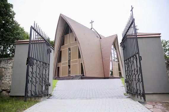 Irmanto Gelūno / 15min nuotr./Dubingių Šv. Jurgio bažnyčia