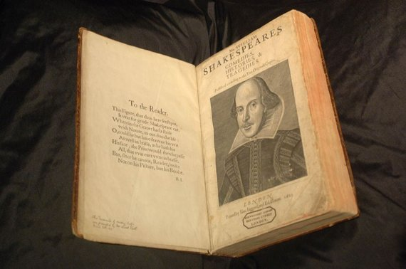 """Reuters""/""Scanpix"" nuotr./Williamo Shakespeare'o knyga"