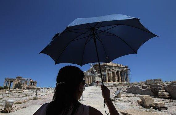 """""""Reuters""""/""""Scanpix"""" nuotr./Turistai Atėnuose"""