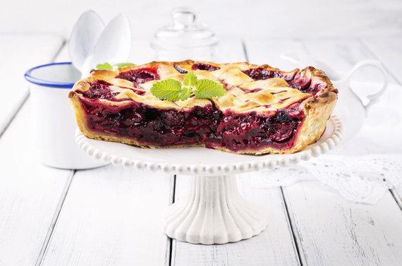 Vida Press nuotr./Vyšnių pyragas