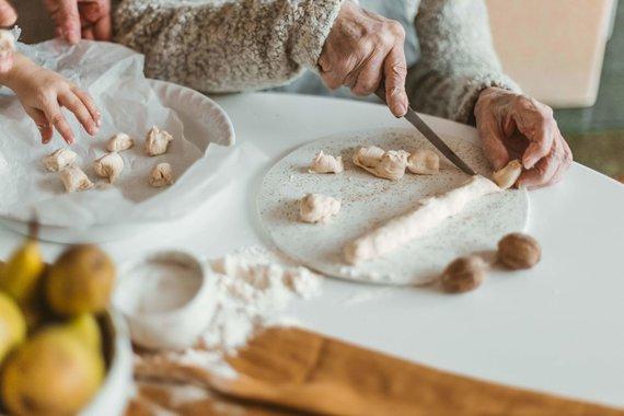Gamintojo nuotr./Kepami tradiciniai kūčiukai