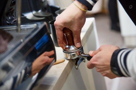 L.Bielinio nuotr./Kavos ruošimas