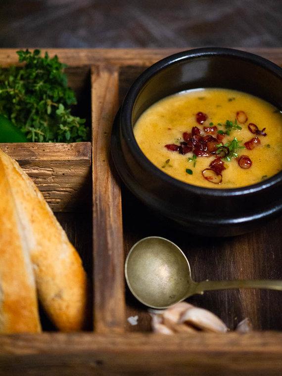 Nidos Degutienės nuotr. /Čederio sūrio ir alaus sriuba