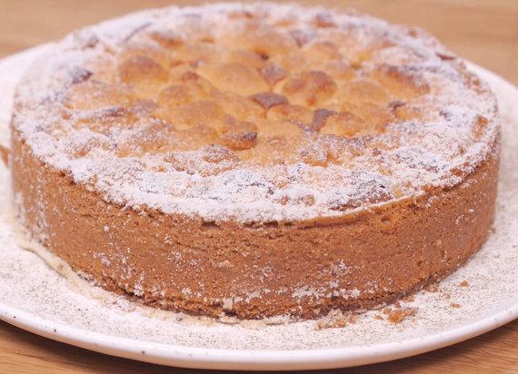 TV3 nuotr. /Karamelinis obuolių pyragas