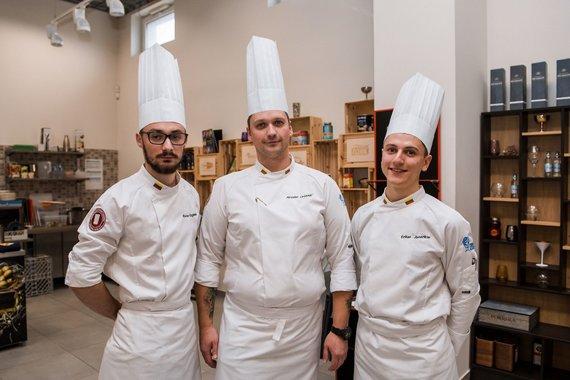"""Organizatorių nuotr. /Būsimi konkurso dalyviai """"International Young Chefs Challenge"""" 2019 treniruotėje"""