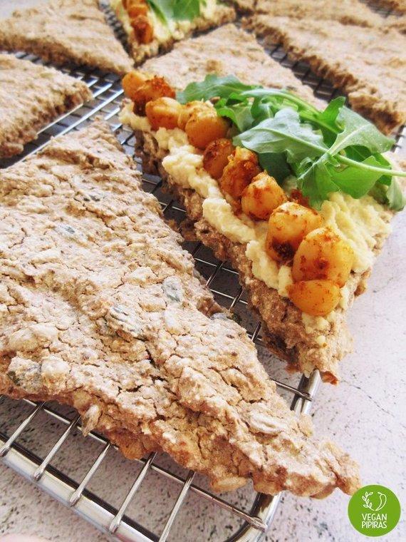 Tinklaraščio nuotr. /Veganiška duonelė su sėklomis