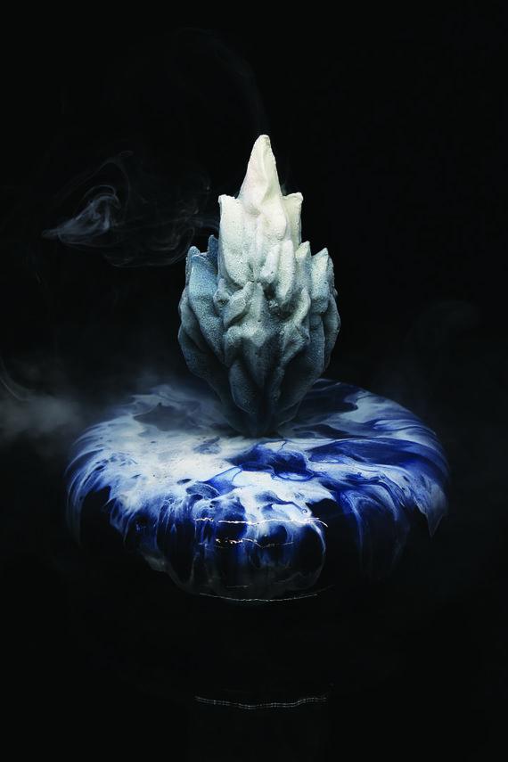 """Austės Boreikaitės nuotr. /Projekto nugalėtojas – desertas """"Ledo skulptūra"""""""