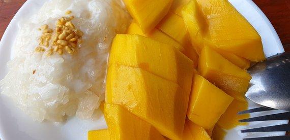 Autoriaus nuotr. /Lipnių ryžių ir mango desertas