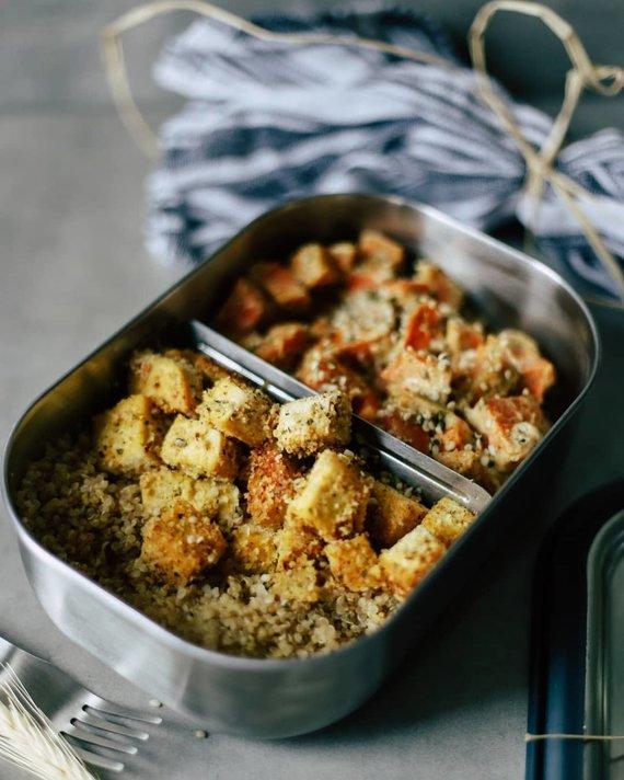 Tinklaraščio archyvo nuotr. /Pietų dėžutė: keptas tofu su batatais
