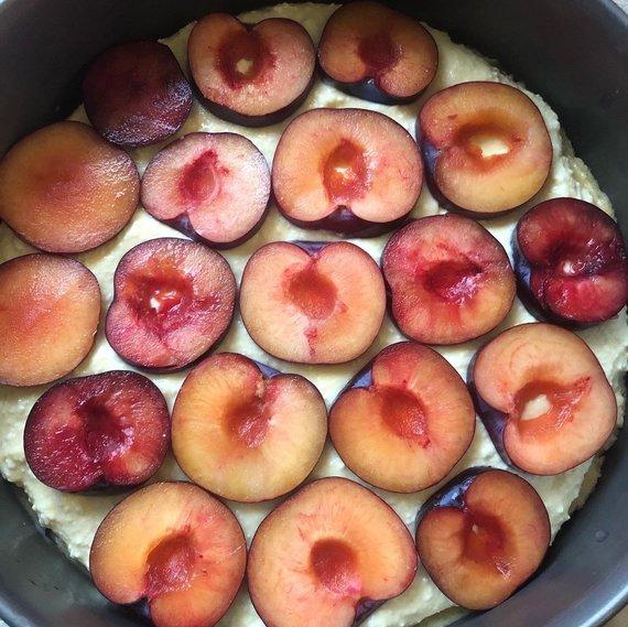 Autorės nuotr. /Kepti paruoštas pyragas
