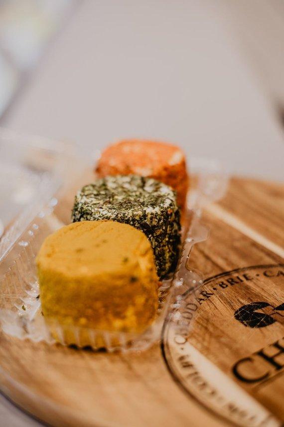 """""""Sūrio džiazo"""" archyvo nuotr. /Šviežio sūrio rinkinukas"""
