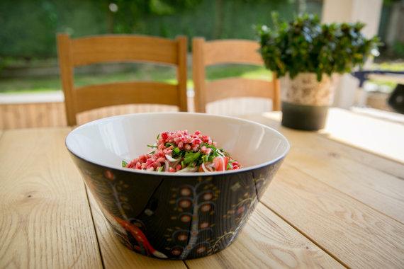 Juliaus Kalinsko / 15min nuotr./Uzbekiškos pomidorų salotos šakarob