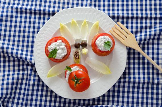 Vida Press nuotr./Įdaryti pomidorai