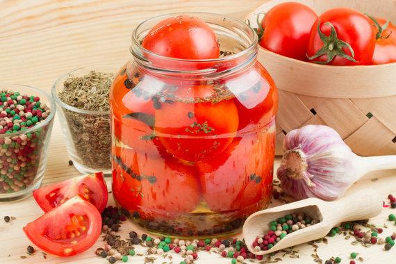 Vida Press nuotr./Marinuoti pomidorai