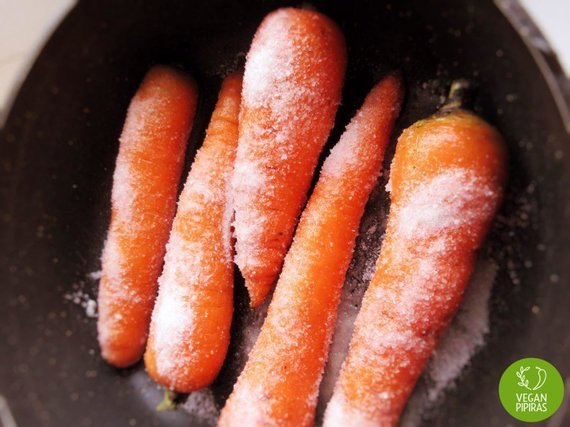 """Vegan Pipiras"" nuotr./Druska apibertos morkos"