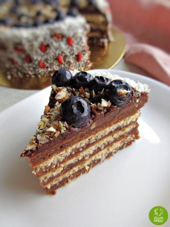 Asmeninio albumo nuotr./Veganiškas kakavinis-kokosinis tortas be cukraus