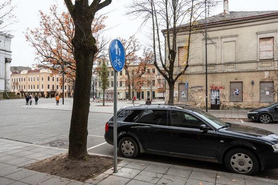 Eriko Ovčarenko / 15min nuotr./Parkavimo vietos