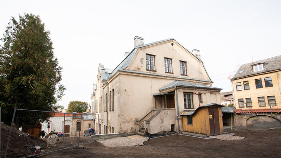 Namas Kauno seserų benediktinių vienuolyne, kuriame gyveno Teofilius Matulionis
