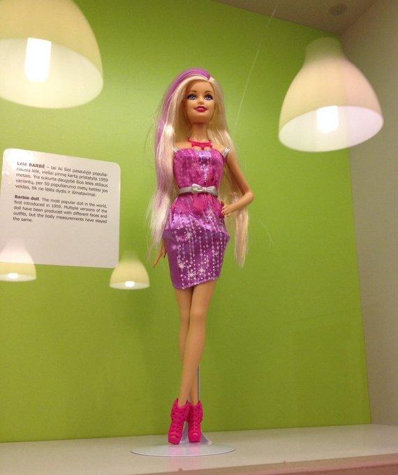 JAV iki šių dienų populiariausias žaislas – lėlė Barbė