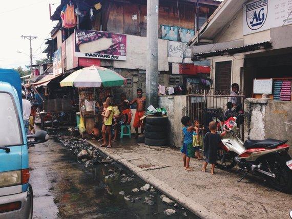 Asmeninio albumo nuotr./Lūšnynai Cebu mieste, Filipinuose