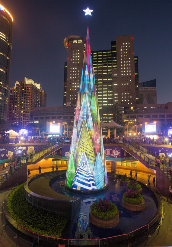 Huffingtonpost.com/Taipėjaus kalėdinė eglė
