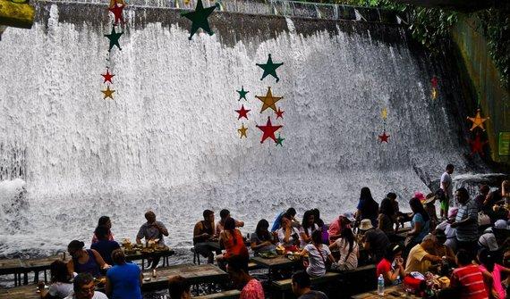 Shutterstock.com/Krioklių restoranas Filipinuose