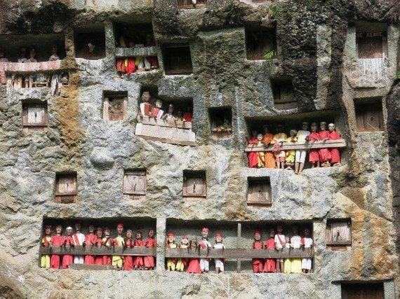 G.Štaraitės nuotr./Indonezija: dakajų altoriai