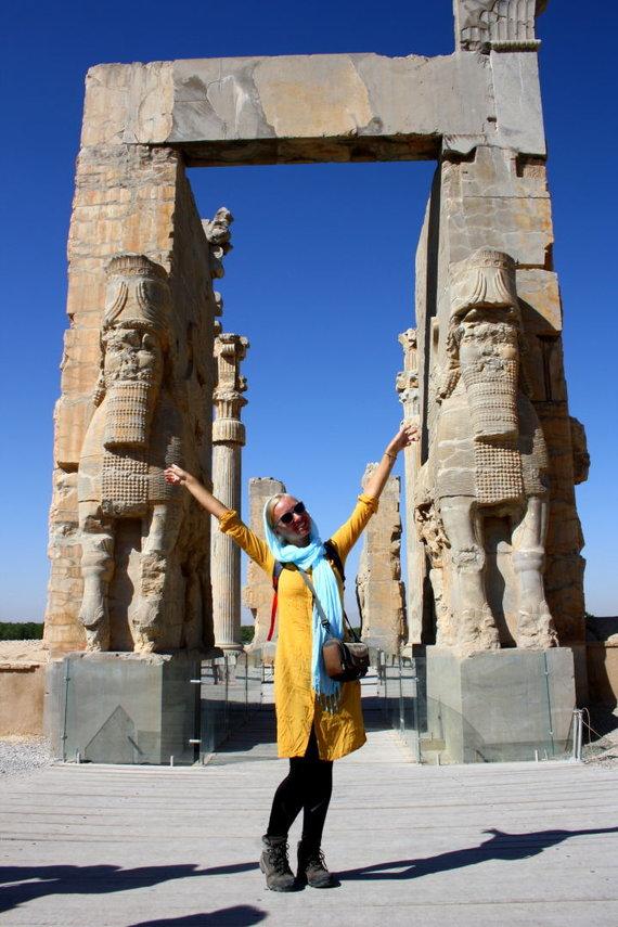 Asmeninė nuotr./Buvusioje Persijos imperijos sostinėje Persepolyje prie Visų šalių vartų (Gates of all Lands)