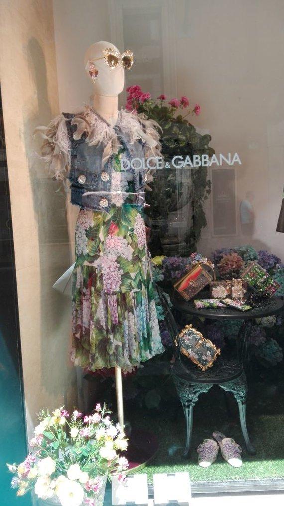 Tavo Roma nuotr./Dolce Gabbana rankinė – brangiausia