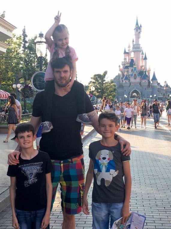 Asmeninės nuotr./Šeimos atostogos – šventas reikalas Lavrinovičiams
