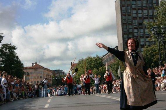 """15min.lt nuotr./Europos tautų kultūrų šventė """"Europiada"""" į Klaipėdą atviliojo šokėjus ir dainorėlius iš 22 šalių."""